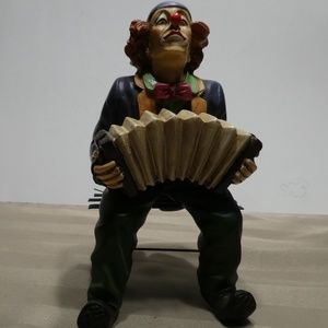 Other - CLOWN porcelain sitting on bench playing accordion
